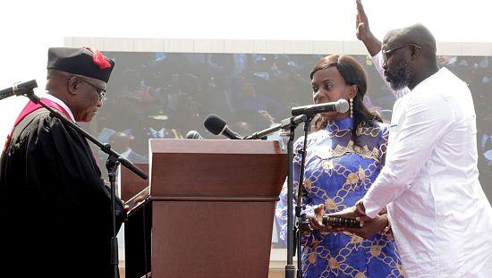 George Weah a prêté comme président du Liberia [no comment]