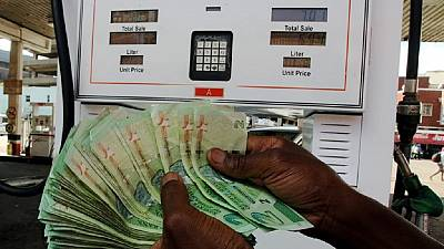 Zimbabwe to reduce fuel prices after cuts on import tax