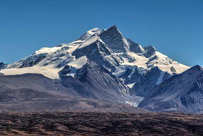 Mt Shishapangma, Tibet, China.