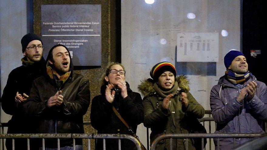 Bekeményít a belga kormány az illegális bevándorlókkal szemben