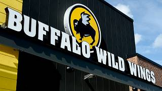 Buffalo Wild Wings Exterior In Jacksonville