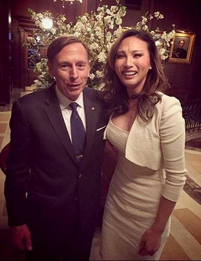 Mina Chang and former CIA director David Petraeus in a 2017 Instagram photo.