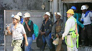 Afrique du Sud : un millier de mineurs secourus après 30 heures sous terre