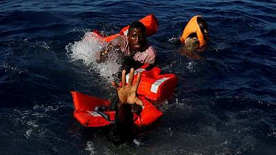 At least 90 people feared drowned off Libyan coast
