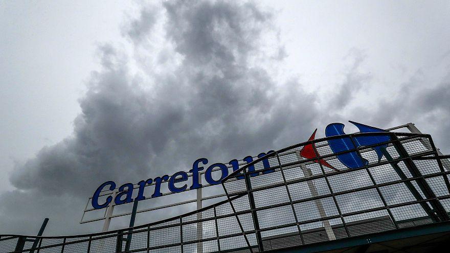 Carrefour 272 şubesini kapatıyor