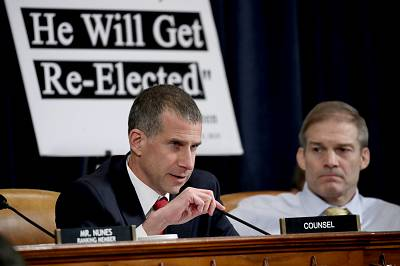 Minority counsel Steve Castor speaks at an impeachment hearing with the House Intelligence Committee on Nov. 13, 2019.