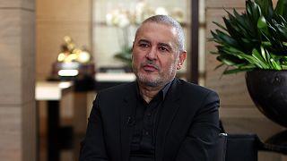 Ο Λιβανέζος σχεδιαστής μόδας Έλι Σάαμπ στο Euronews