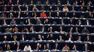 """البرلمان الأوروبي يوافق على رفع"""" الحظر الجغرافي"""" أمام المتسوقين عبر الأنترنت"""