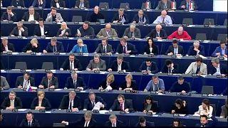 """""""Breves de Bruxelas"""": Parlamento Europeu rejeitou listas e retirou cargo a polaco"""