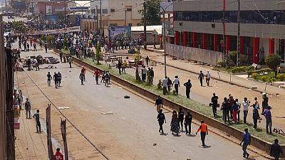 """Cameroun anglophone: l'UE recommande à l'armée un """"usage proportionné de la force"""""""