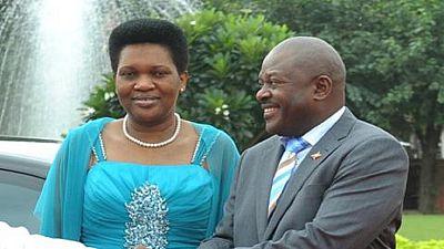 Burundi : pourquoi l'ONU finance-t-elle la radio de la femme de Nkurunziza ?