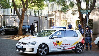 Opération de police à Johannesburg chez des proches de Zuma