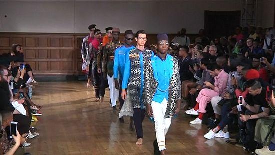 设计师展示最新男装趋势在开普敦时装周[发表评论]
