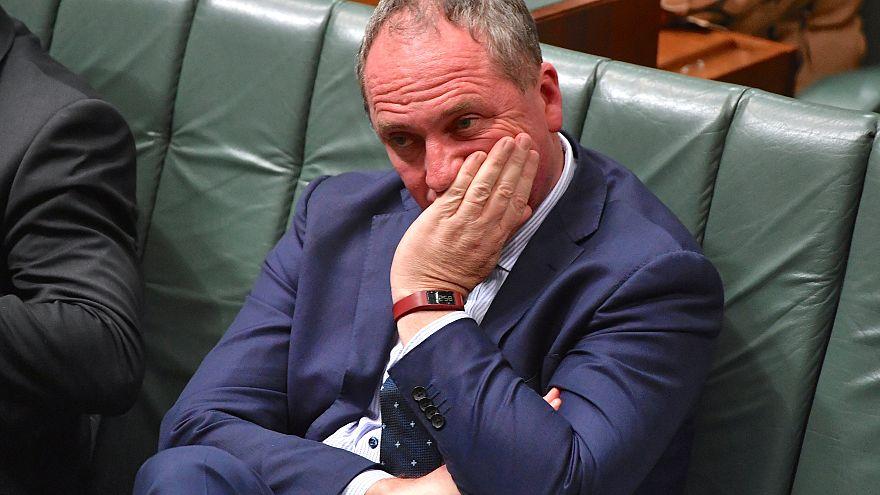 Австралийских политиков ограничат в сексе