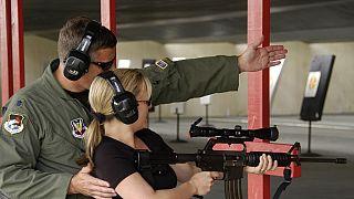 Etats-Unis: l'éternel débat autour du port d'armes à feu