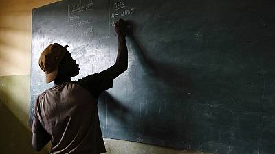 Dans le Sénégal rural, des parents d'élèves font de la construction des collèges leur affaire