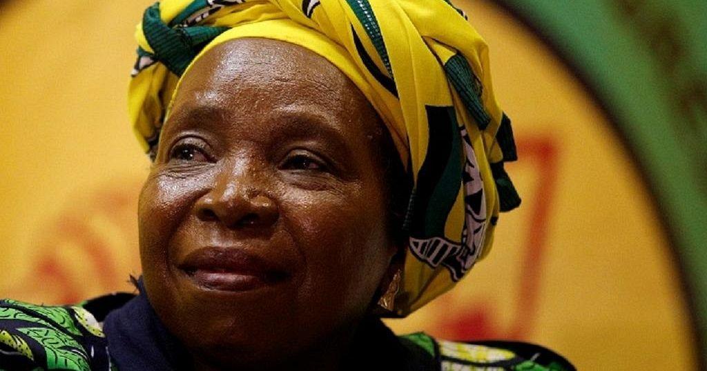 Afrique du Sud : Nkossazana Dlamini Zuma dément avoir voulu quitter le Parlement