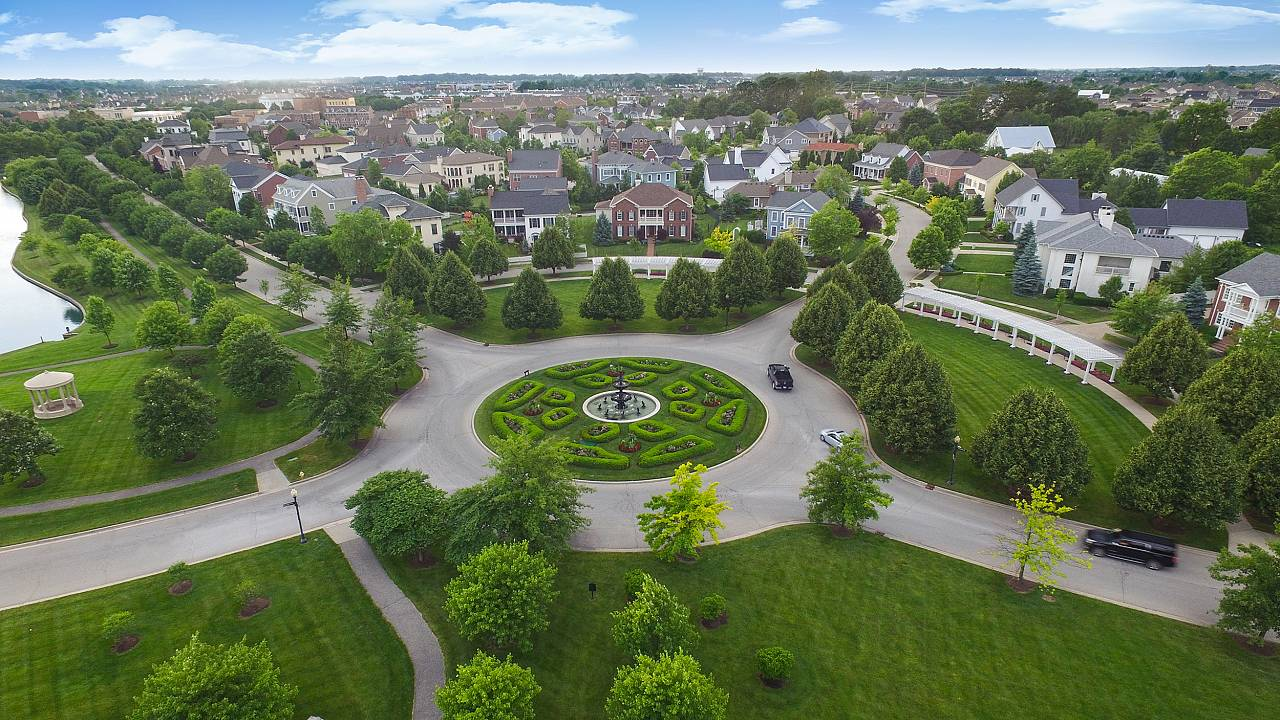 """The roundabout in the Village of West Clay was named """" International Rounda"""