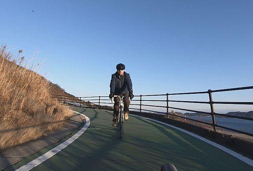 """""""Японские приключения"""": летающие велосипеды и море по колено"""