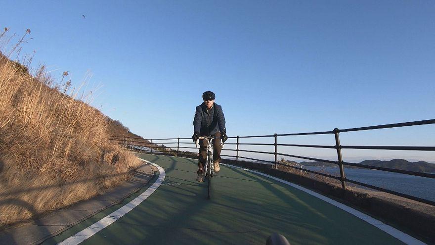 مغامرات يابانية: ركوب الدراجات على البحر