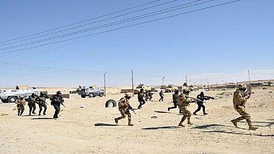 Egypte : 4 soldats et 10 jihadistes tués dans le Sinaï