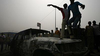 Une gendarmerie incendiée par des lycéens en colère — Côte d'Ivoire