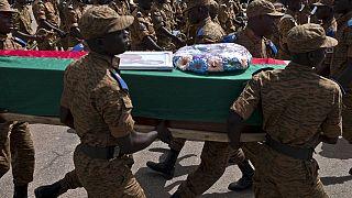 Burkina : hommage national aux militaires tués dans les attentats de Ouagadougou