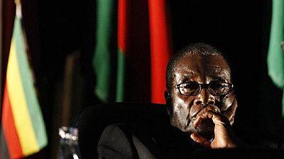 Zimbabwe youth denounce Mugabe at ZANU-PF meeting