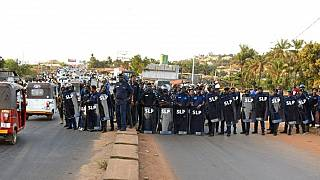 Opposition parties cry foul in Sierra Leone, ECOWAS releases preliminary report