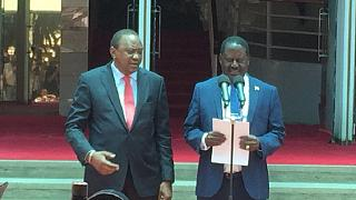 Kenyatta, Odinga meet with pledge to unite Kenyans after chaotic polls