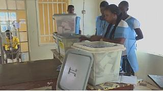 Sierra Leone's election looks set for runoff