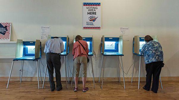 Image: US-POLITICS-EARLY-VOTING