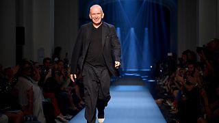 Jean Paul Gaultier : Runway - Paris Fashion Week - Haute Couture Fall/Winte