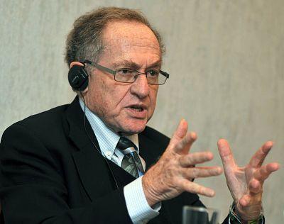 Alan Dershowitz speaks at a press conference in Kiev on April 11, 2011.