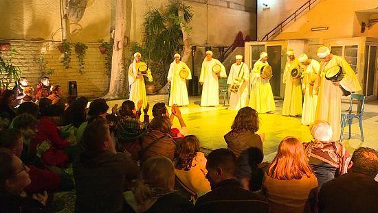 """En Egypte, le Musée du Quai Branly accueille la traditionnelle """"danse du bâton"""" [no comment]"""
