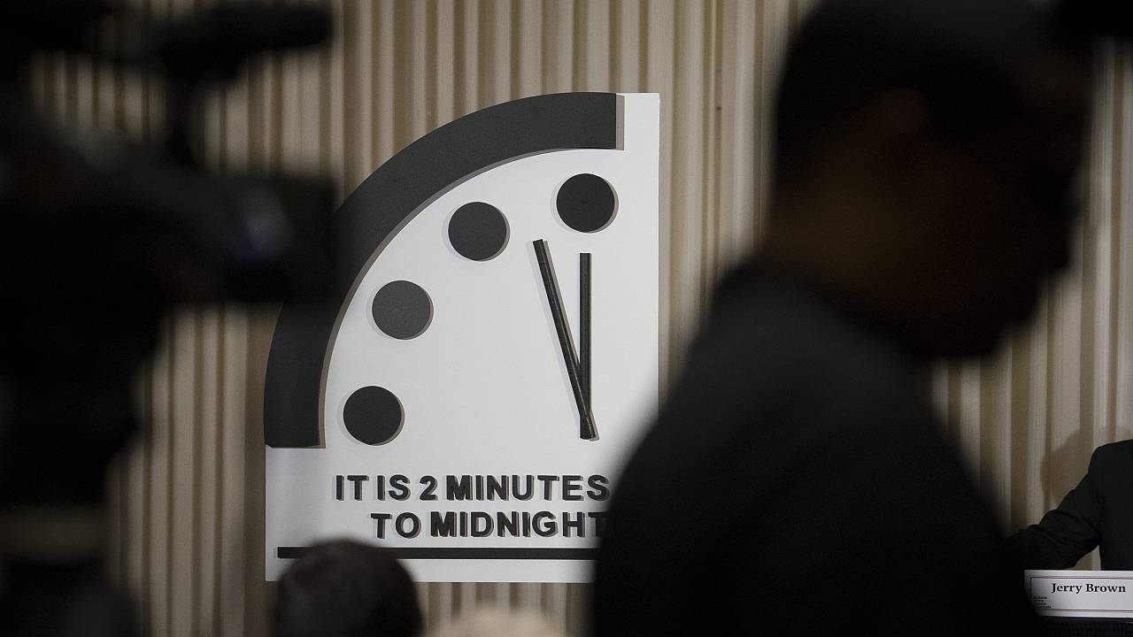 Image: Doomsday clock