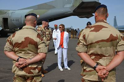 French Minister of Army Forces Florence Parly meets French officers of the Barkhane counterterrorism operation in Africa\'s Sahel region, at the Barkhane base near Niamey in Niger on July 31, 2017.