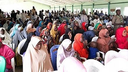 Nigerian president meets parents of schoolgirls abducted by Boko Haram [no comment]