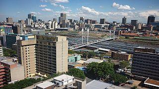 Afrique du Sud : le patron du fisc suspendu