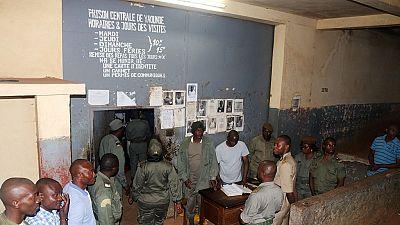 """Cameroun : trois personnalités écrouées pour """"malversations financières"""""""