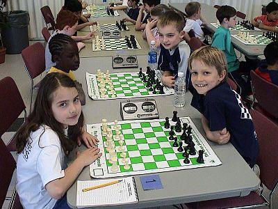 Alexandra Botez plays chess