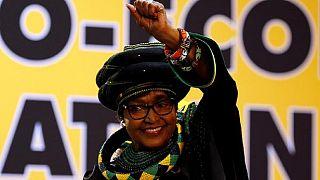 Afrique du Sud : décès de Winnie Mandela, l'ex-épouse de Nelson Mandela
