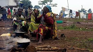 Ouganda: les femmes réfugiées trouvent des moyens de gagner leur vie dans un camp