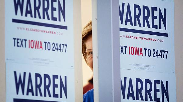 Image: Sen. Elizabeth Warren in Iowa