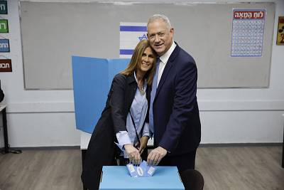 Blue and White party leader Benny Gantz and his wife Revital vote in Rosh Haayin, Israel on Monday.