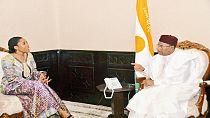 [Photos] Niger : la lauréate du prix Next Einstein Fellow reçue par le président Issoufou