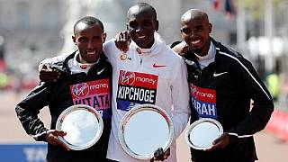 Kenya's Kipchoge beats Ethiopia's Kitata to win 2018 London Marathon