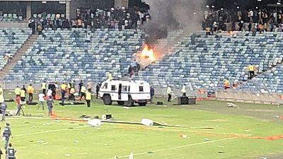 Afrique du Sud : graves scènes de violence dans un stade de Durban