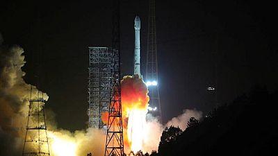 Le premier satellite angolais Angosat-1 perdu, vive Angosat-2
