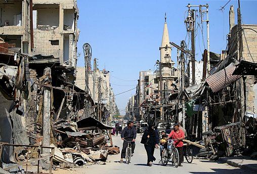 Segélykonferencia Szíriáról, könnyített regisztráció a Brexit után